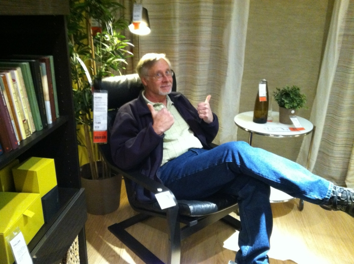 Hubster finds a comfy chair in IKEA